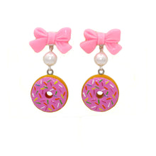 Load image into Gallery viewer, Bow and Pearl Pink Donut Earrings