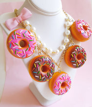 Load image into Gallery viewer, Donut Statement Necklace