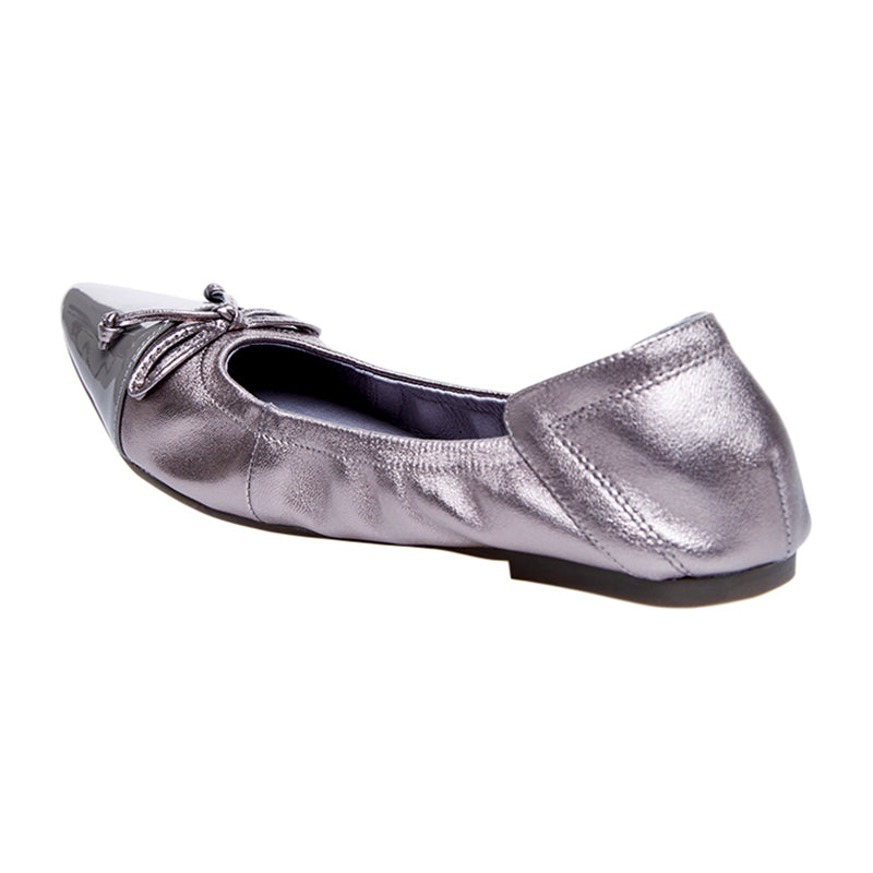 Woman Chloe Leather Flats - Silver