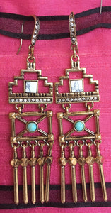 Long earrings in antique gold