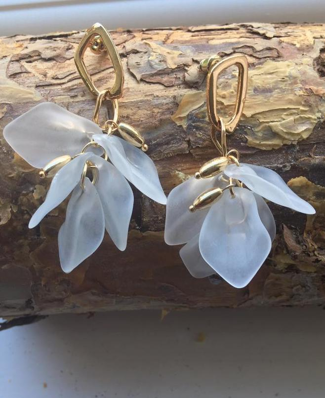 Acrylic floral earrings