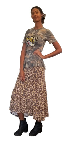 Camouflage Printed Jersey with Ruffled Bottom T-shirt with Tiger patch