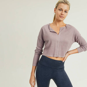 Mono B - Deep Notch Collar Crop Pullover Dusty pink