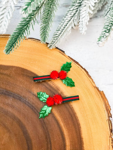 Prep Obsessed Wholesale - Christmas Holly Set of 2 Hair Clips