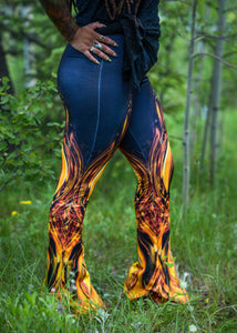 GOLDEN AMULET BELL LEGGINGS