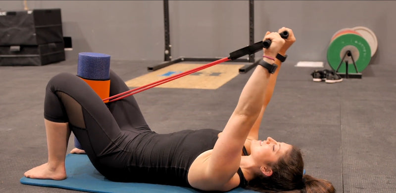 Foam rolling with resistance bands - The Wrap & Roll