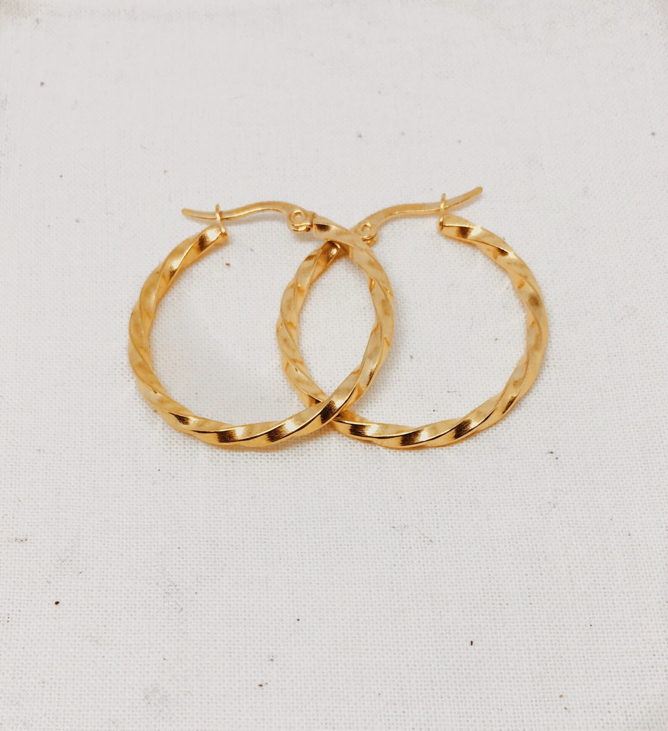 MINI BRAID HOOPS