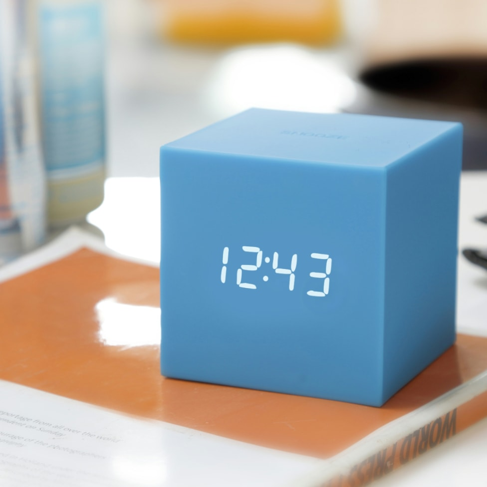 Cube Gravity Click Clock