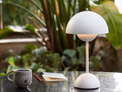 Flowerpot Portable Table Lamp VP9