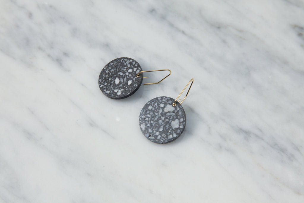Circle/Pebble Earring