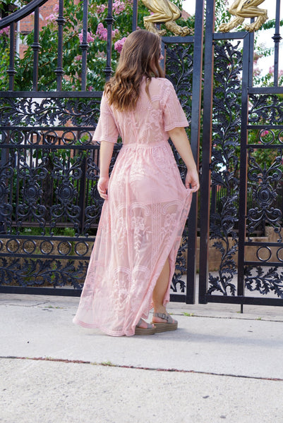 LACE HER UP MAXI - Mcknz Boutique