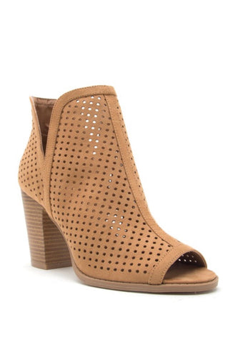 CHELSEA TAN CUT-OUT BOOTIE - Mcknz Boutique