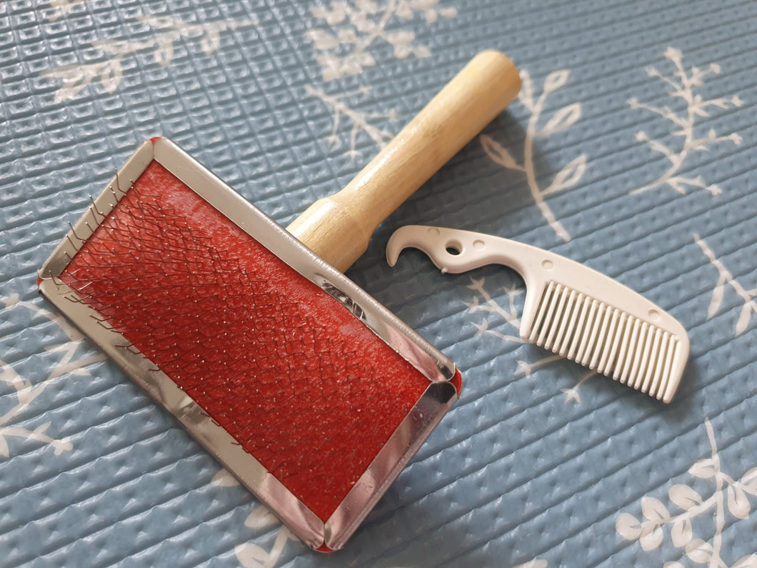 Metal Bristle Slicker Brush