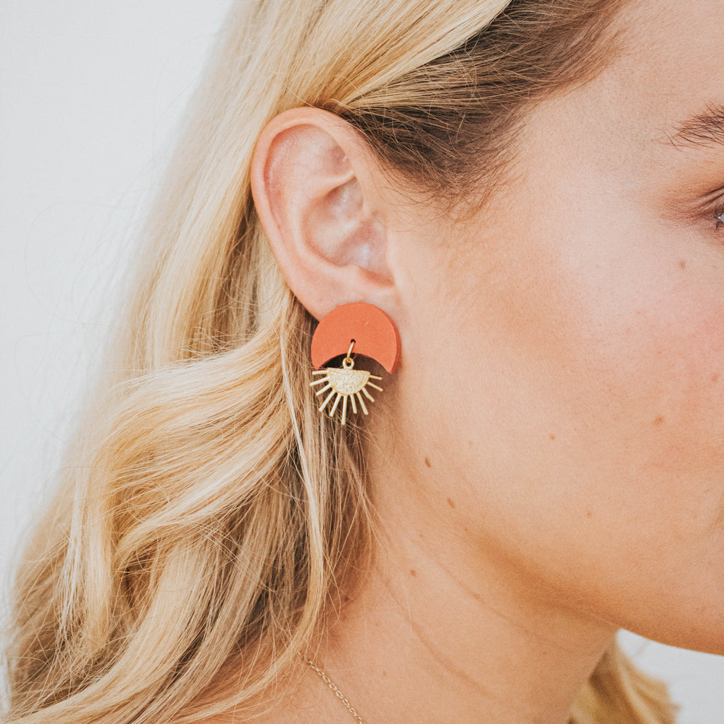 Sunset II Earrings in Peach