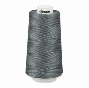 Signature Quilting Thread variegated Smokey Blues
