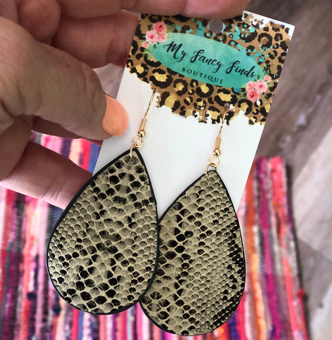 Embossed Snake print teardrop earring