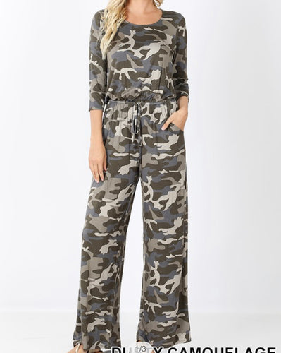 Camo Jumpsuit with3/4 sleeves