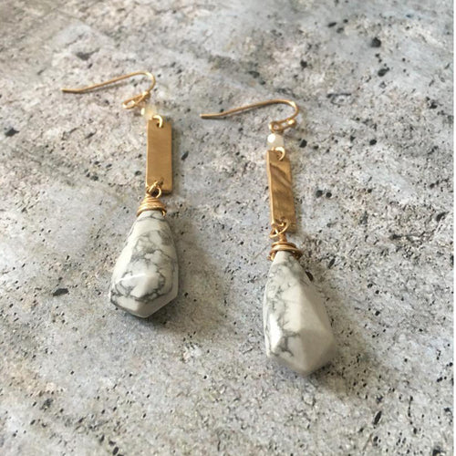 Goldtone & White stone teardrop earrings