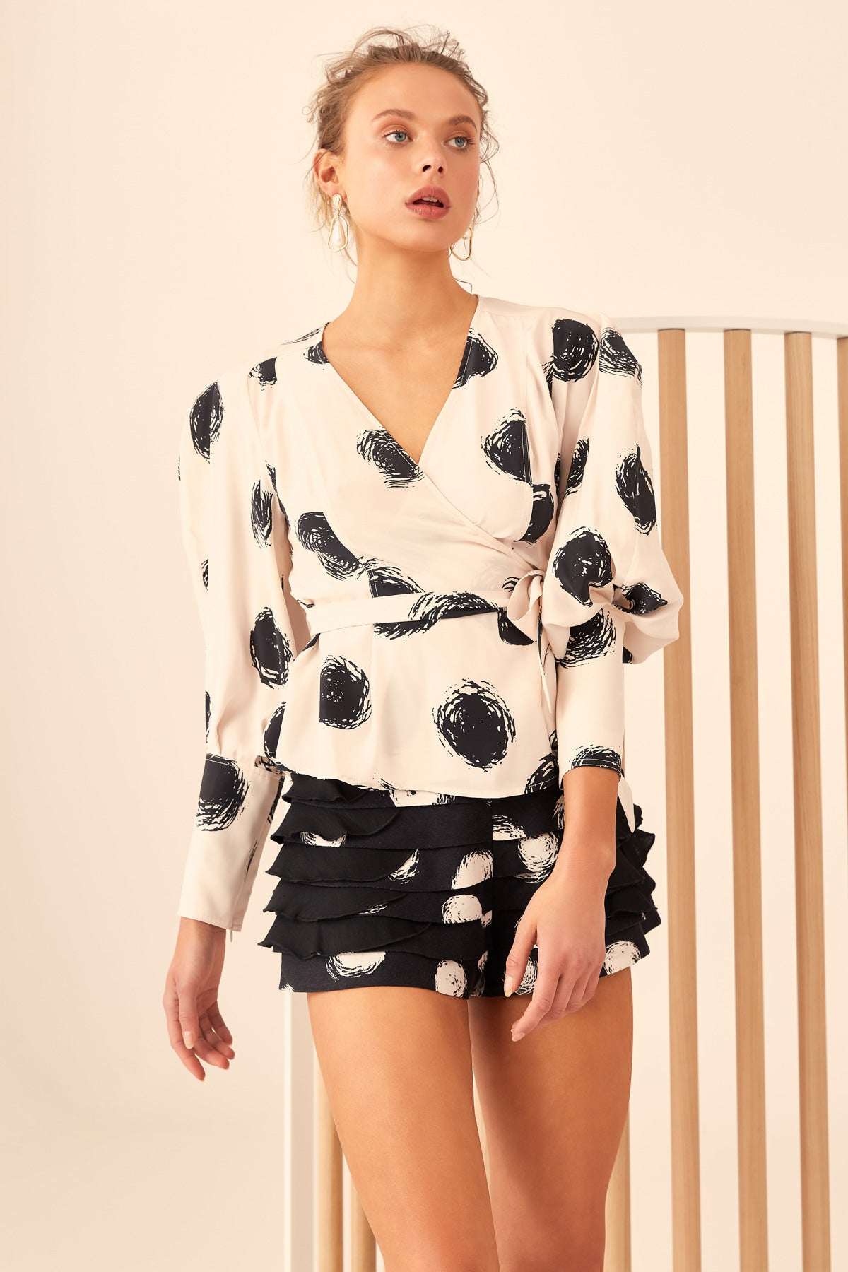 C/MEO Opacity Top in Chalk Spot