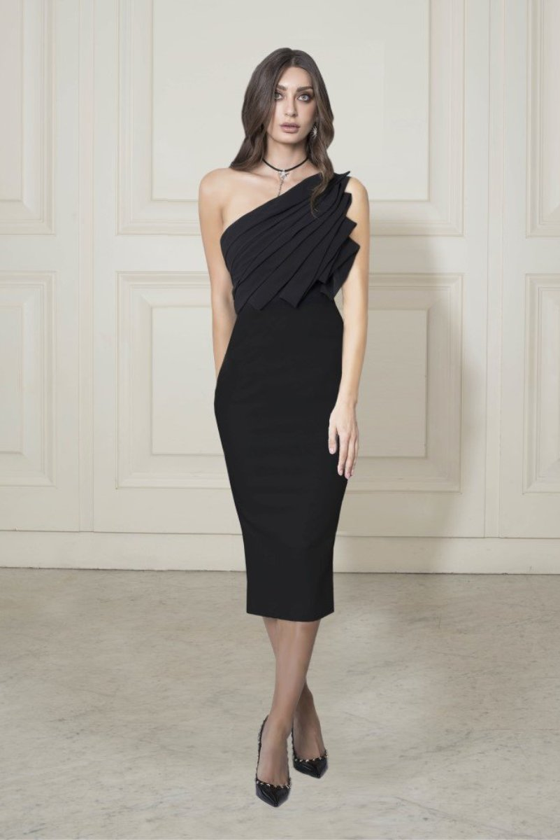 Chriselle Backstage Pleated Midi Dress in Black