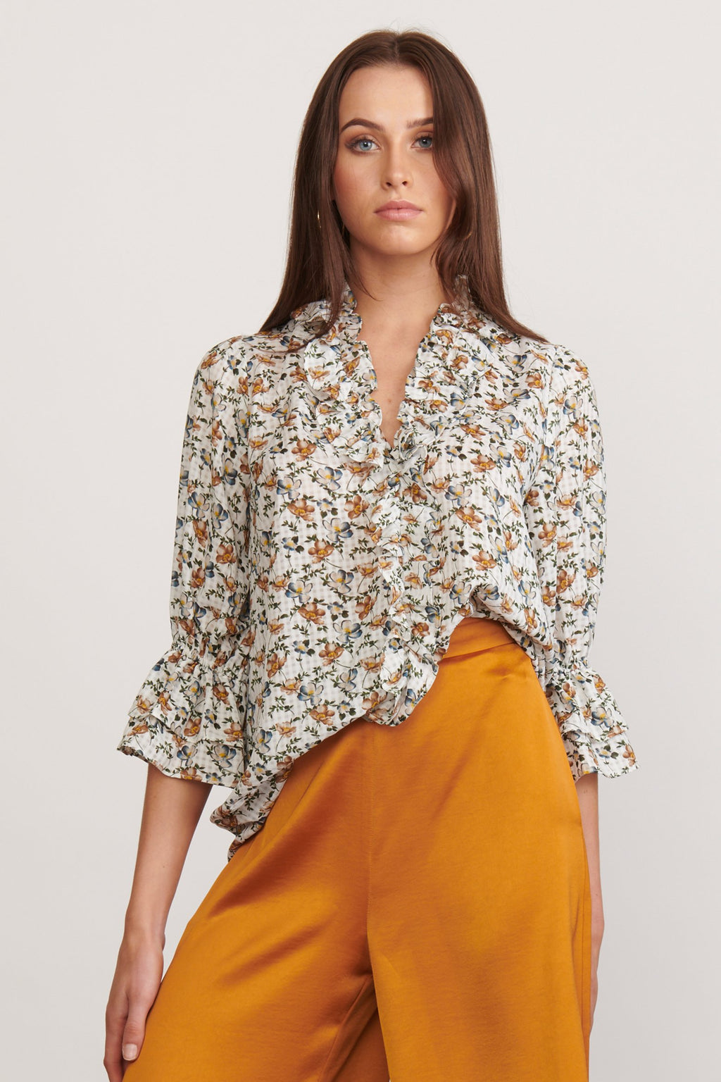 Elliatt Elixir Blouse in White Floral