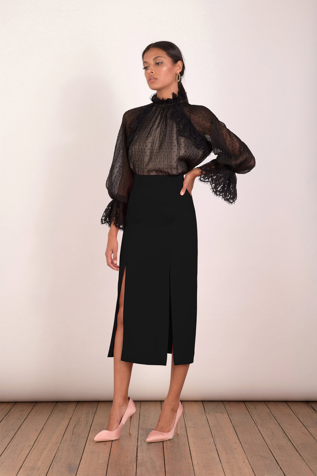Elliatt Opulent Skirt in Black