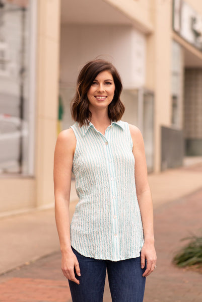 Boho Chic Sleeveless Seersucker Blouse - Mint