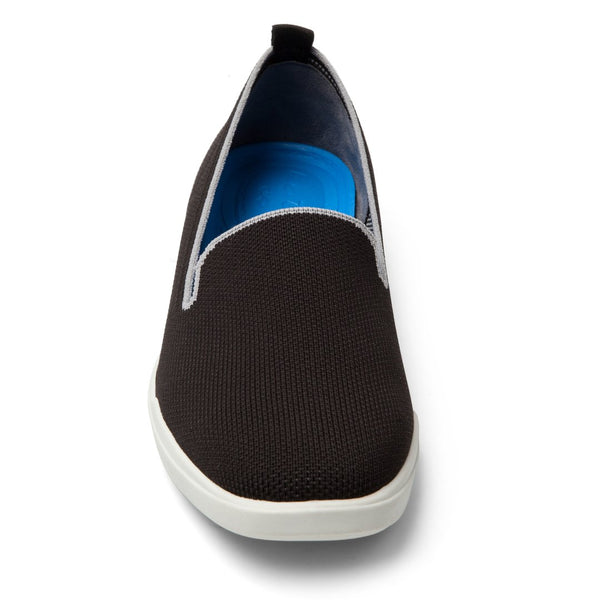 Me Too Eden Yoga Mat Slip On Shoe - Black/Gray