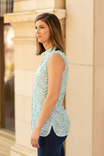 Tango Mango Sleeveless Herringbone Print Blouse - Green/White