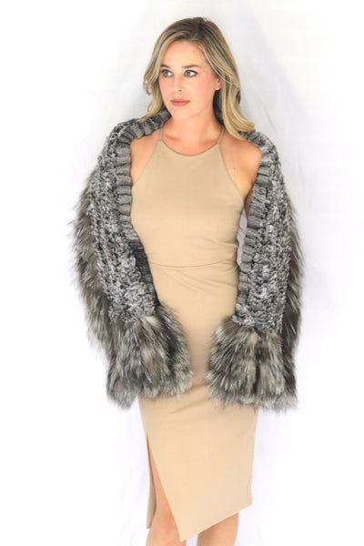 Knitted Chinchilla & Fox Fur Shawl Scarf with Pockets - Natural
