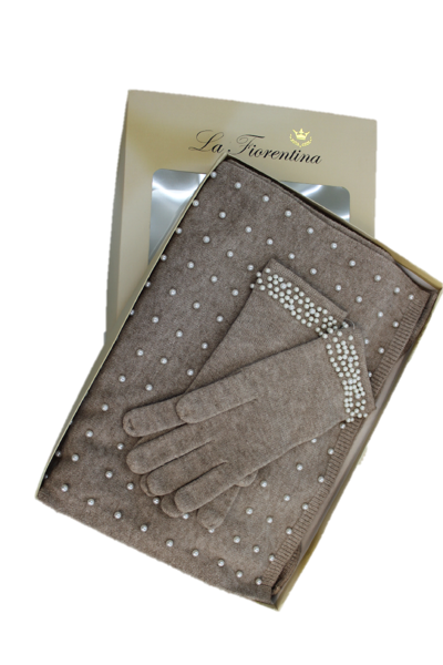 Pearl Scarf & Glove Box Set - Oatmeal