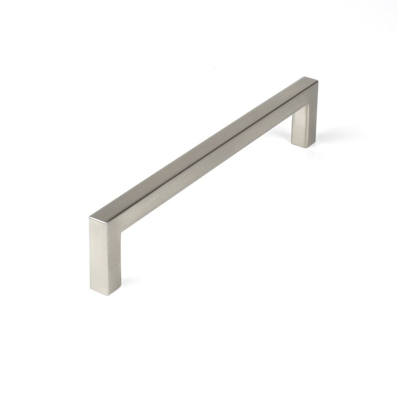 Century Hardware Zinc Die Cast cc 160mm Pull in Polished Chrome