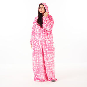 "Snuggs Monk Wearable Blanket ""Stones Fuchsia"""