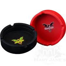 Red Eye Tek Black Silicone Ashtray