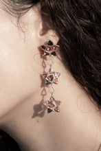 Seastars Earring by Lisa Lesunja, Rosé Gold 750 18K with 6 Green and 30 Pink Trillion Cut Tourmaline 15.16ct. and 60 White Brilliant 0.12ct. (7560)