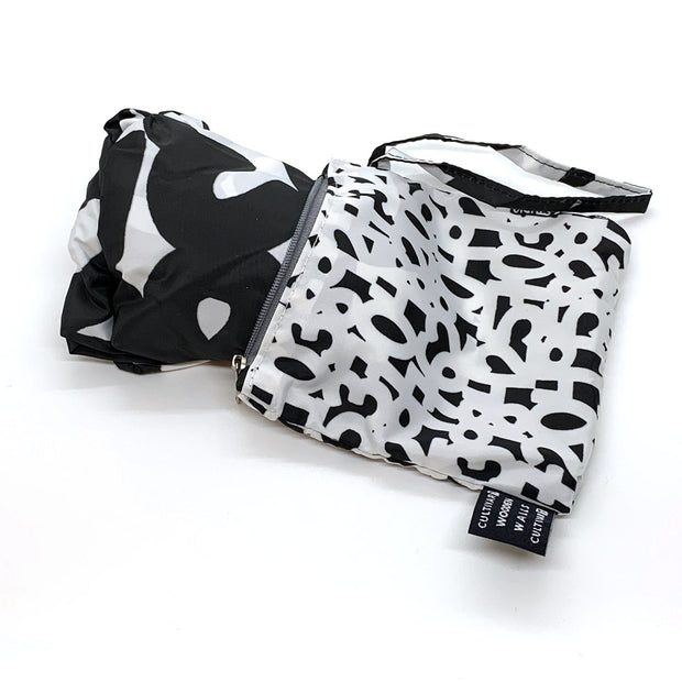 """1871"" Black & White, James Vance Tote & Pouch"