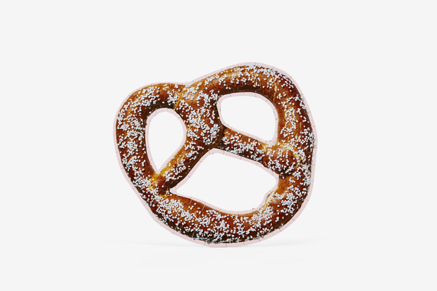 Soft Pretzel Puzzle, Series 1: Food