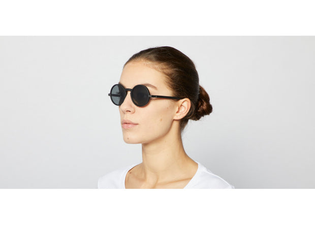 #G BLACK Sunglasses