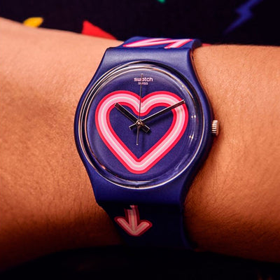 Reloj Swatch GN267 Flash of Love 34mm Swiss Made - Dando la Hora
