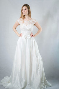 robe de mariee simple elegante