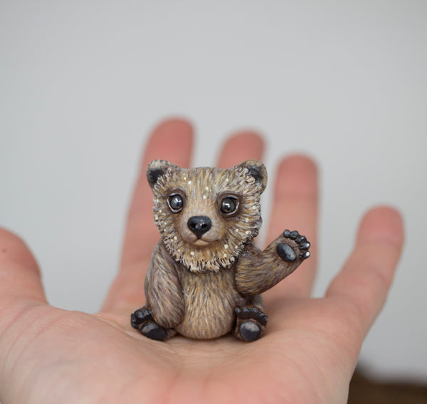 Friendly bear figurine