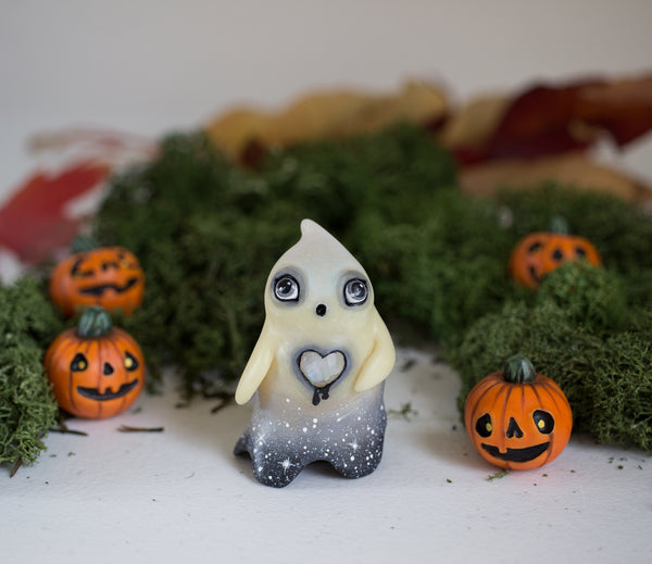 Lonely Starry Ghost Figurine