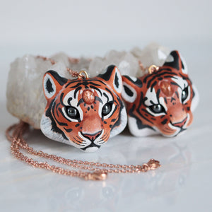 Sunstone Tiger Necklace