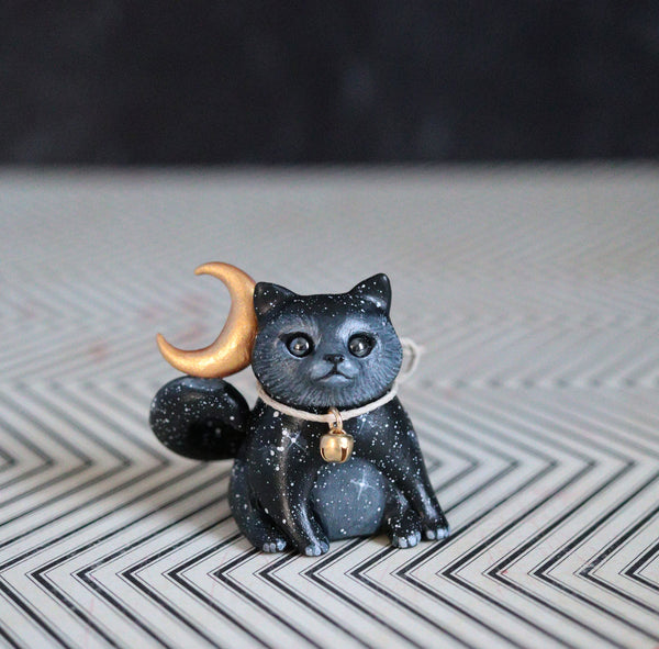 Moon Kitty 2 Figurine