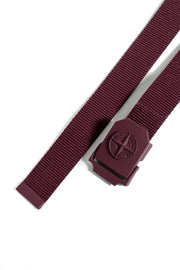STONE ISLAND LOGO PLAQUE BELT BURGUNDY