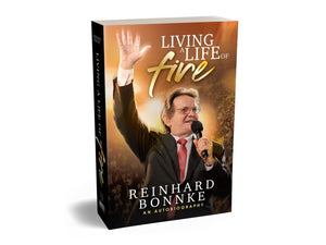 Living a Life of Fire (Paperback)