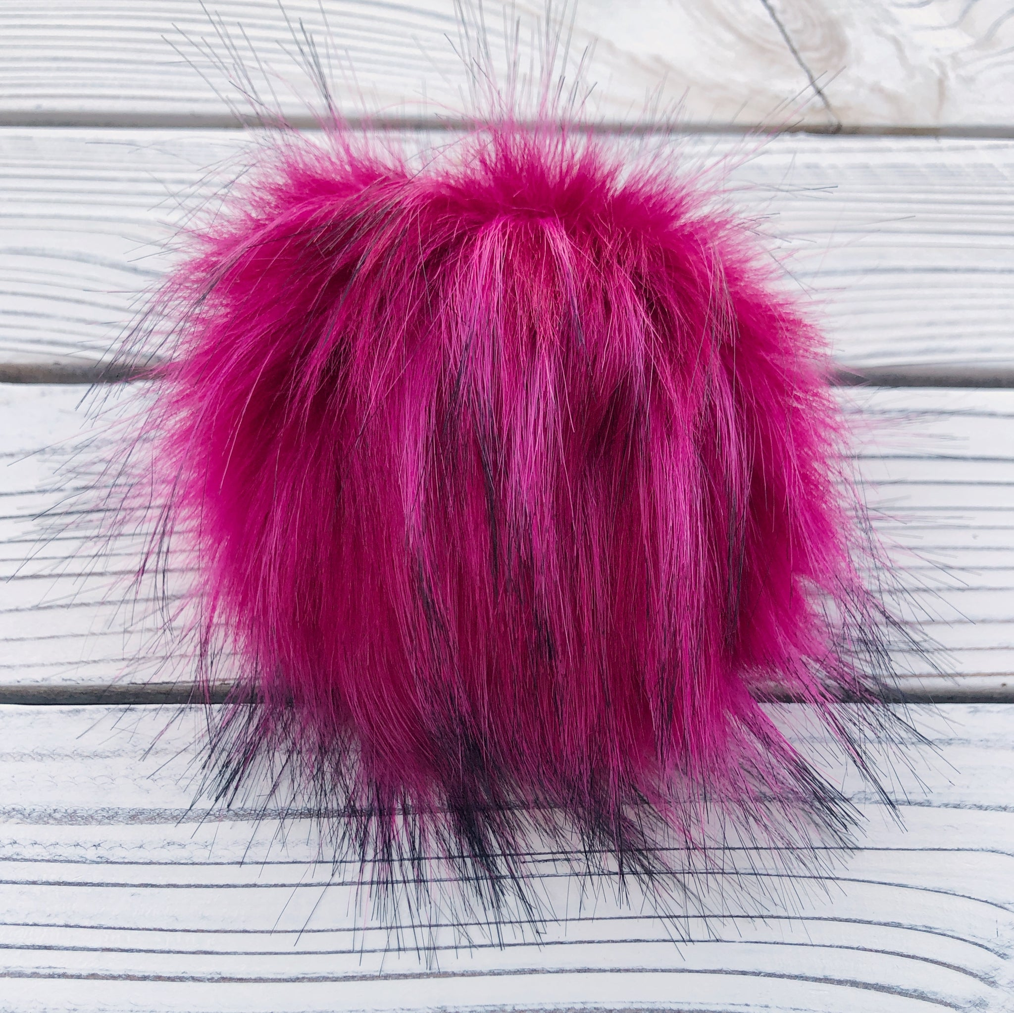 Magenta Pom Pom with snap