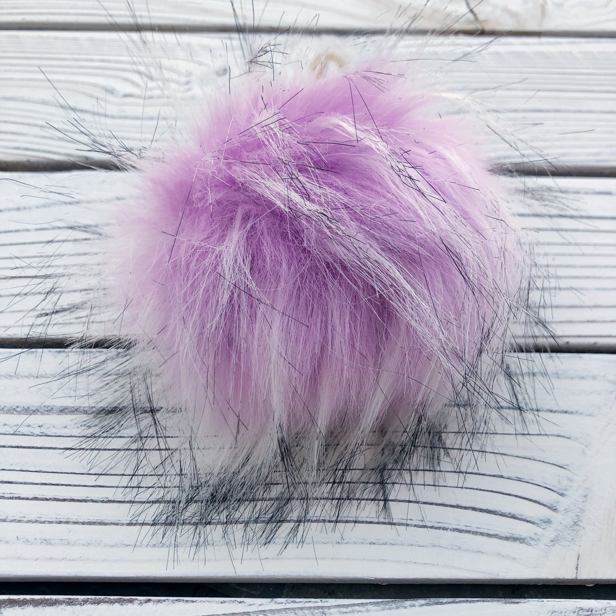 Lilac Pom Pom with snap