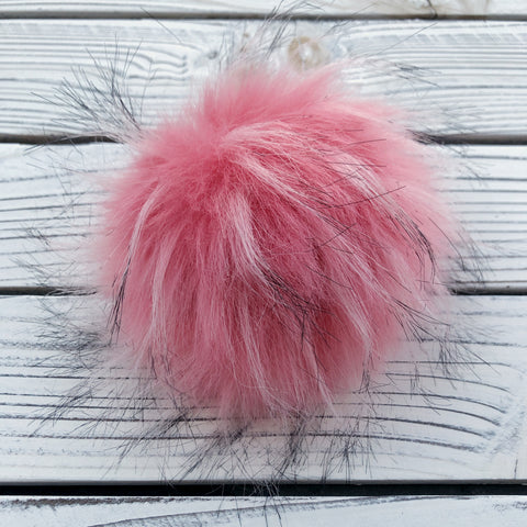 Peach Pom Pom with snap