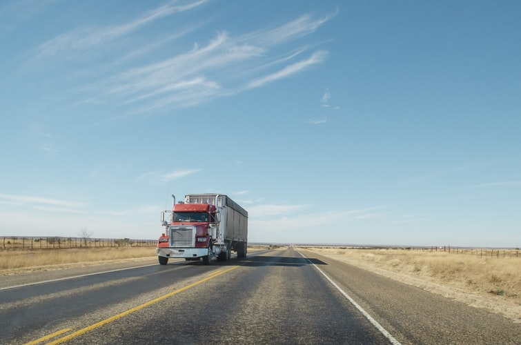 Commercial Truck Drivers Are at a Higher Risk For Sleep Apnea Than Previously Thought